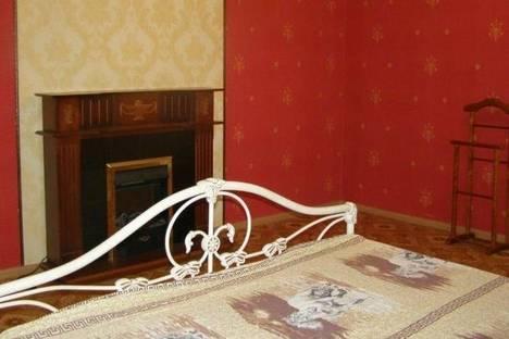 Сдается 1-комнатная квартира посуточно в Нижнекамске, чулман, 11.