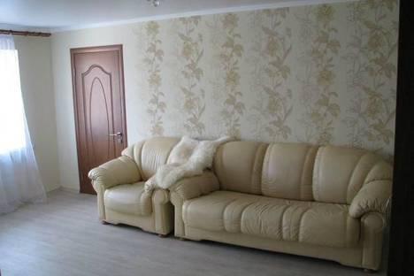 Сдается 2-комнатная квартира посуточно в Альметьевске, Джалиля, 39.