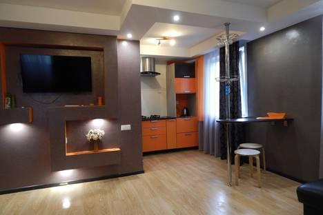 Сдается 1-комнатная квартира посуточно в Первоуральске, Комсомольская, 8.