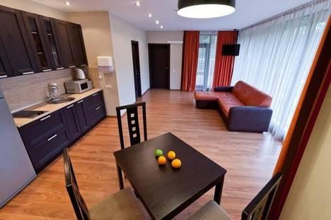 Сдается 2-комнатная квартира посуточнов Зеленогорске, п. Поляны, Аврора-клуб, 1.