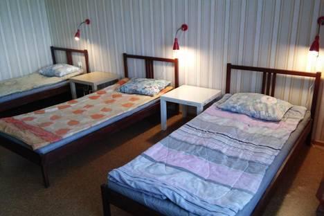 Сдается 3-комнатная квартира посуточно, проспект Фрунзе,  35.