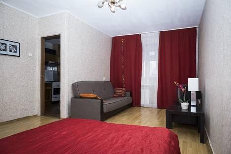 Сдается 1-комнатная квартира посуточнов Екатеринбурге, ул. Челюскинцев, 110а.