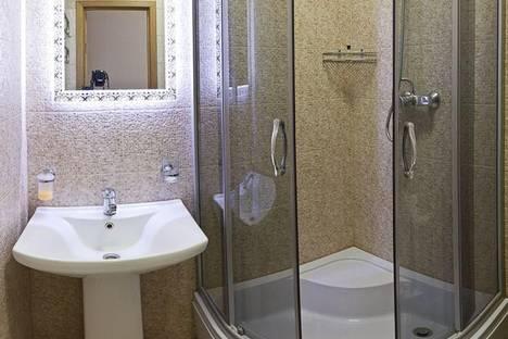 Сдается 1-комнатная квартира посуточно в Киеве, пер. Старокиевский 5.