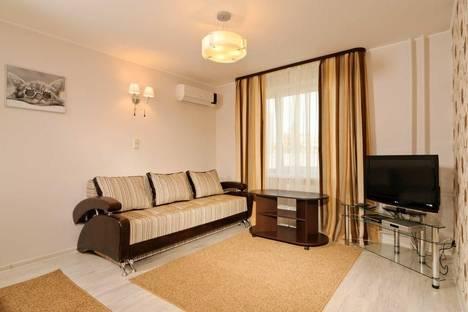 Сдается 1-комнатная квартира посуточно в Киеве, ул. Рыбальская 8.