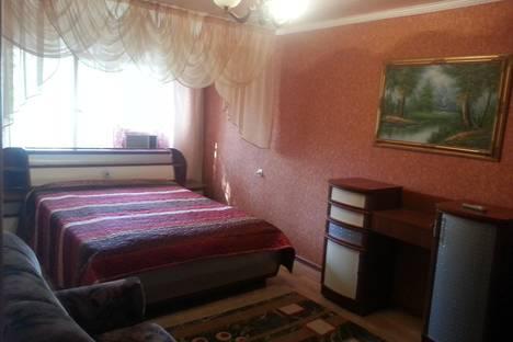 Сдается 1-комнатная квартира посуточно в Атырау, Азаттык 99а.
