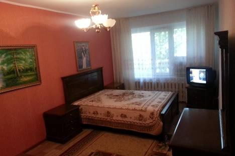 Сдается 1-комнатная квартира посуточно в Атырау, ул. Атамбаева, 99а.