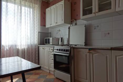 Сдается 1-комнатная квартира посуточнов Астрахани, ул. В.Барсовой, 12.