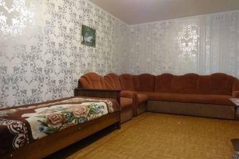 Сдается 2-комнатная квартира посуточнов Астрахани, Куликова, 36.
