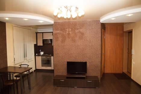 Сдается 1-комнатная квартира посуточнов Ижевске, Майская ул., 24.