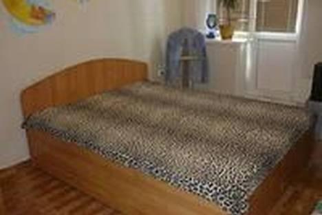 Сдается 2-комнатная квартира посуточно в Ачинске, улица Юго-восточный микрорайон, 13.