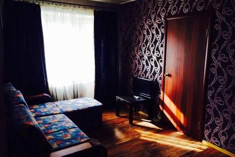 Сдается 2-комнатная квартира посуточнов Екатеринбурге, ул. Гурзуфская, 19.