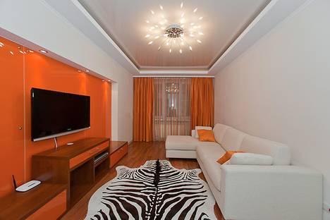 Сдается 2-комнатная квартира посуточно в Челябинске, Энгельса,  65.