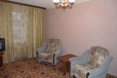 Сдается 1-комнатная квартира посуточнов Армавире, новороссийская 64.