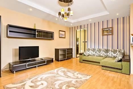 Сдается 2-комнатная квартира посуточно в Киеве, ул. Саксаганского, 121.