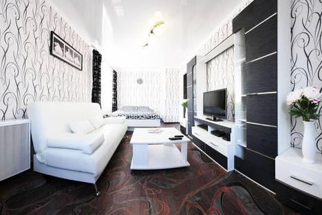 Сдается 1-комнатная квартира посуточно, проспект Толбухина, 45.