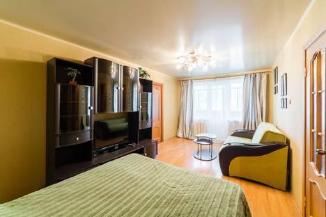Сдается 2-комнатная квартира посуточнов Ярославле, ул. Урицкого, 33.