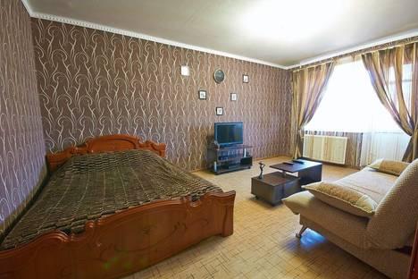 Сдается 1-комнатная квартира посуточно в Ярославле, Машиностроителей пр-т, 11 корпус 2.