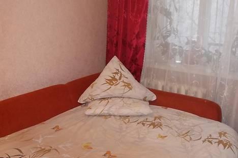 Сдается 1-комнатная квартира посуточно, улица Красина, 5.