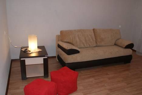 Сдается 2-комнатная квартира посуточнов Чебаркуле, ул. Лихачева, , 43.