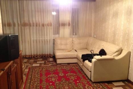 Сдается 2-комнатная квартира посуточно в Рязани, ул. Маяковского, 49.