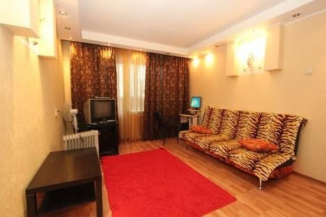 Сдается 1-комнатная квартира посуточнов Екатеринбурге, ул. Родонитовая, 21.