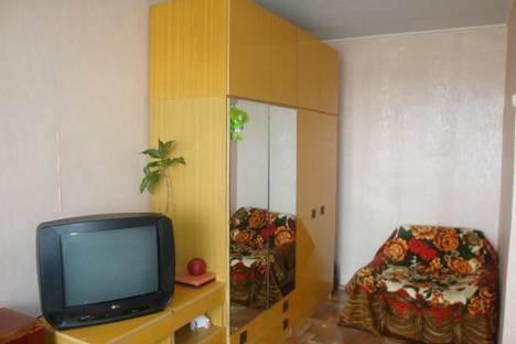 Сдается 1-комнатная квартира посуточно в Волжском, площадь Труда, , 19.