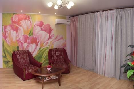 Сдается 1-комнатная квартира посуточнов Саратове, ул. Чапаева, 128/130.