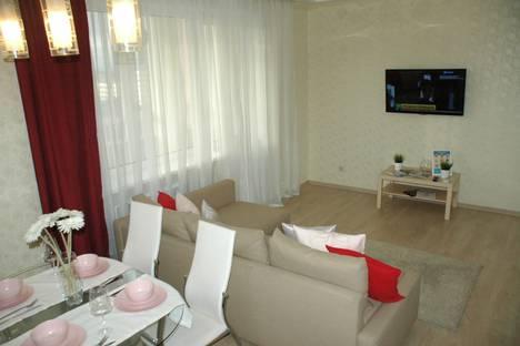 Сдается 2-комнатная квартира посуточно в Кемерове, ул. СОБОРНАЯ, 12.