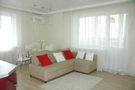 Сдается 2-комнатная квартира посуточнов Кемерове, ул. СОБОРНАЯ, 12.