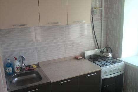Сдается 2-комнатная квартира посуточно в Серове, Заславского 23.