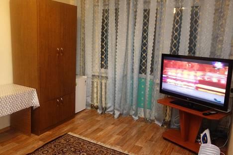 Сдается 1-комнатная квартира посуточно в Уральске, Жунисова 177.