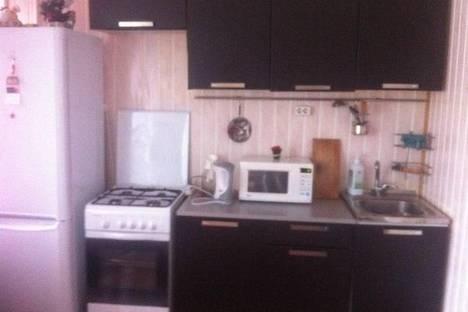 Сдается 1-комнатная квартира посуточно в Петрозаводске, проспект Ленина 15.