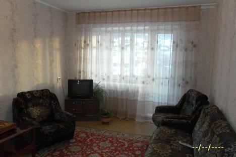 Сдается 2-комнатная квартира посуточно в Белокурихе, ул. Братьев Ждановых, 19.