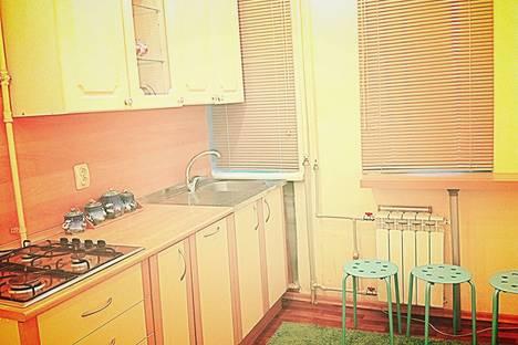 Сдается 2-комнатная квартира посуточнов Дзержинске, проспект Октября, 17.