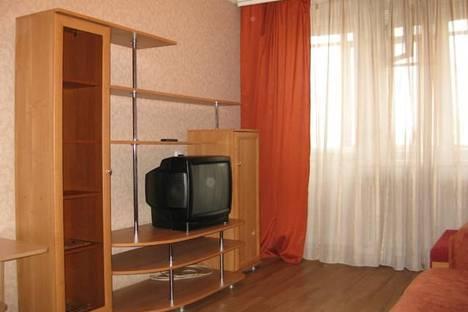 Сдается 1-комнатная квартира посуточно в Сыктывкаре, ул. Морозова, 21.