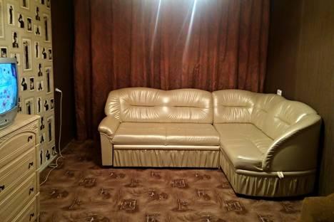 Сдается 2-комнатная квартира посуточно в Мегионе, Сутормина 16.