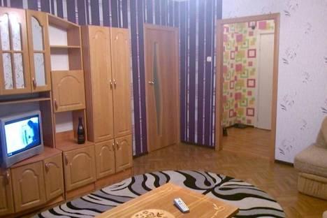 Сдается 2-комнатная квартира посуточно в Новочебоксарске, Первоиайская 32.