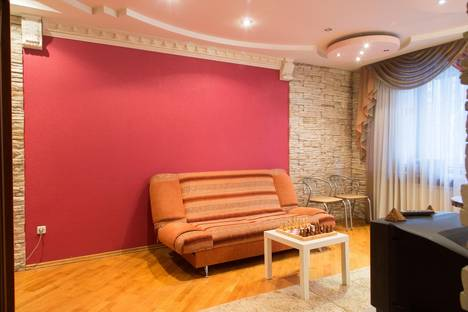 Сдается 1-комнатная квартира посуточнов Воронеже, ул. Средне-Московская, 26.