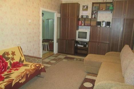 Сдается 2-комнатная квартира посуточно в Кировске, Олимпийская,53а.
