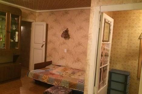 Сдается 3-комнатная квартира посуточно в Кировске, ул Юбилейная 14.
