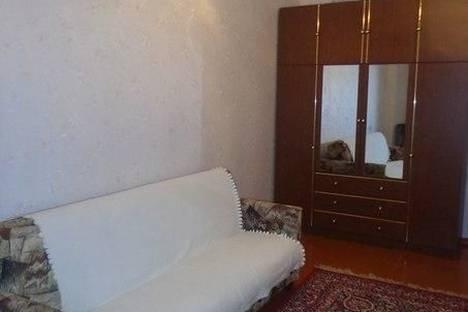 Сдается 2-комнатная квартира посуточно в Кировске, Олимпийская, 30.