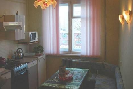 Сдается 3-комнатная квартира посуточно в Кировске, Олимпийская, 79.