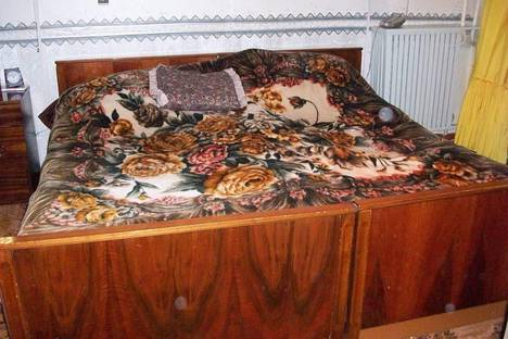 Сдается 3-комнатная квартира посуточно в Кировске, Олимпийская, дом 25.