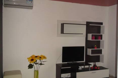 Сдается 2-комнатная квартира посуточно в Балашове, ул. 50 лет ВЛКСМ, 9.
