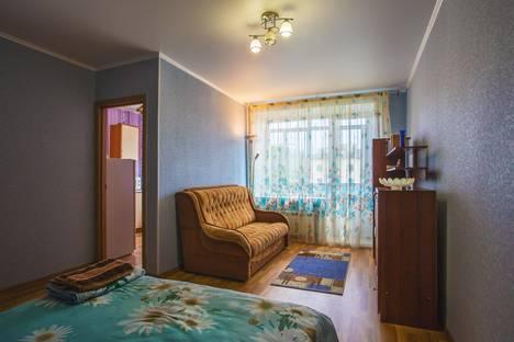 Сдается 1-комнатная квартира посуточно в Междуреченске, Коммунистический проспект,  35.