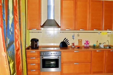 Сдается 1-комнатная квартира посуточно в Петрозаводске, ул. Станционная, ,23.