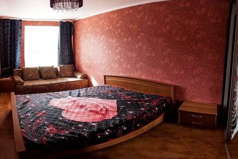 Сдается 3-комнатная квартира посуточно в Тюмени, ул. Максима Горького, 59.