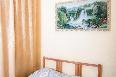 Сдается 1-комнатная квартира посуточно в Кировграде, Кировград, Дзержинского ул. 9а.