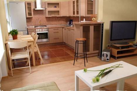 Сдается 3-комнатная квартира посуточнов Санкт-Петербурге, Невский проспект, 38.