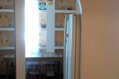 Сдается 2-комнатная квартира посуточно в Хмельницком, Проспект Мира 64.